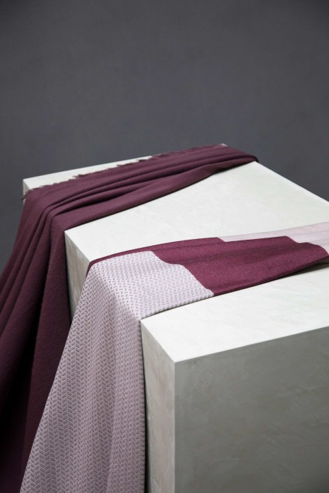 Cashmere Plain Mulberry Throw