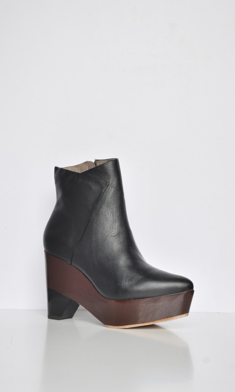 FINSK Ankle Boots