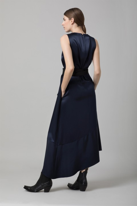 Amanda Wakeley Midnight Crepe Midi Dress