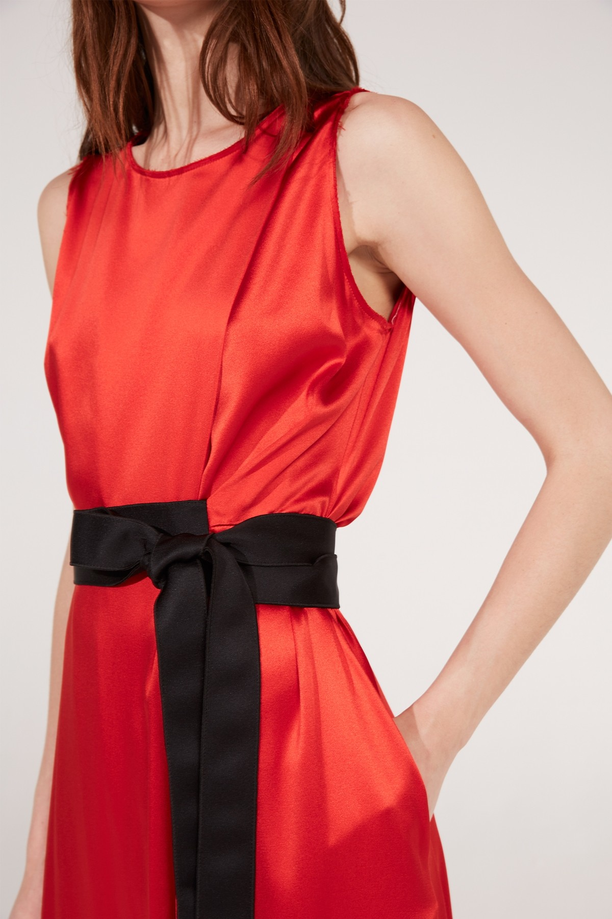 Amanda Wakeley Red Crepe Midi Dress